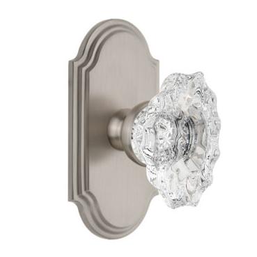 Grandeur Biarritz Crystal Door Knob Set with Arc Short Plate Satin Nickel