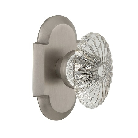 Nostalgic Warehouse Cottage Plate with Oval Fluted Crystal Knob Satin Nickel