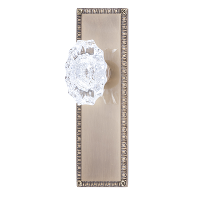 Brass Accents D05-K568 Egg and Dart Decorative Plate with Savannah Knob