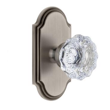 Grandeur Fontainebleau Door Knob Set with Arc Short Plate Antique Pewter