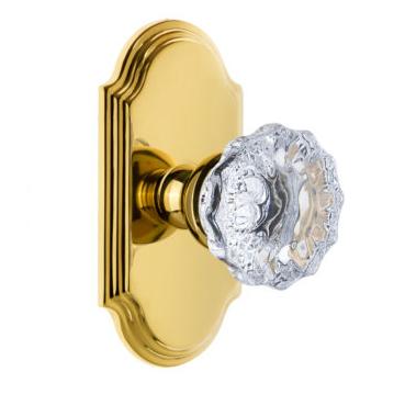 Grandeur Fontainebleau Door Knob Set with Arc Short Plate Lifetime Polished Brass