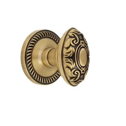 Grandeur Grande Victorian Knob with Newport Rose Vintage Brass