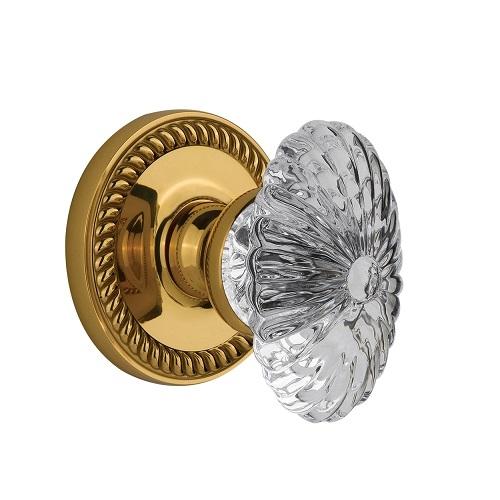 Grandeur Burgundy Crystal Door Knob Set with Newport Rose Polished Brass