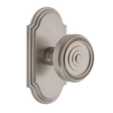 Grandeur Soleil Door Knob Set with Arc Short Plate Satin Nickel