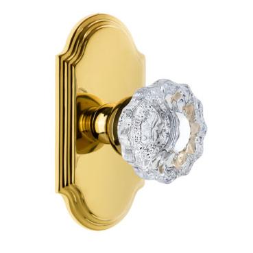 Grandeur Versailles Door Knob Set with Arc Short Plate Polished Brass