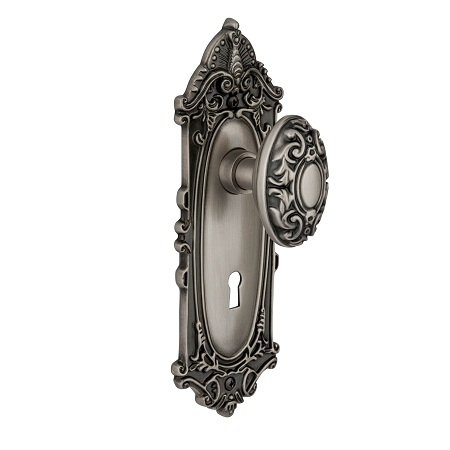 Nostalgic Warehouse Victorian Backplate with Victorian Knob Antique Pewter (AP)