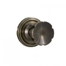 Weslock Traditionale Collection Eleganti Passage Door Knob Set