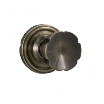 Weslock Traditionale Collection 610E Eleganti Privacy Door Knob Set