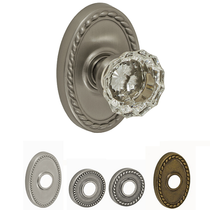 Fusion Decorative Collection Scalloped Clear Door Knob