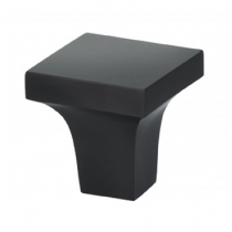 Omnia 9004 Cabinet Knob from the Ultima collection