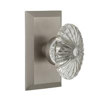 Nostalgic Warehouse Studio Plate with Oval Fluted Crystal Knob (STUOFC)