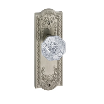 Grandeur Parthenon Backplate with Chambord knob Satin Nickel