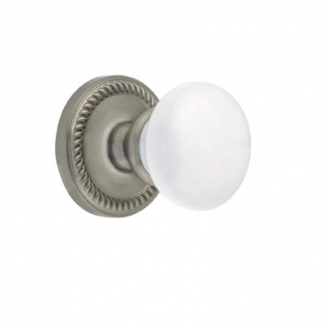 Grandeur Hyde Park Knob with Newport Rose Satin Nickel