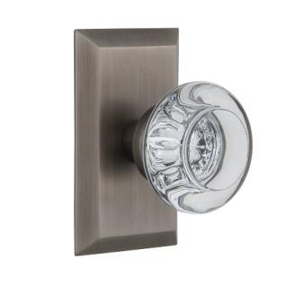 Nostalgic Warehouse Studio Plate with Round Clear Crystal Knob Antique Pewter