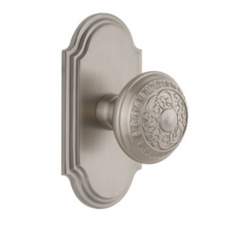 Grandeur Windsor Door Knob Set with Arc Short Plate Satin Nickel